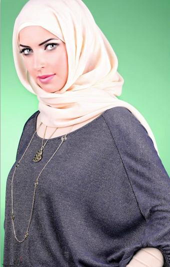 Hijab et foulard islamique avec accessoires 2013